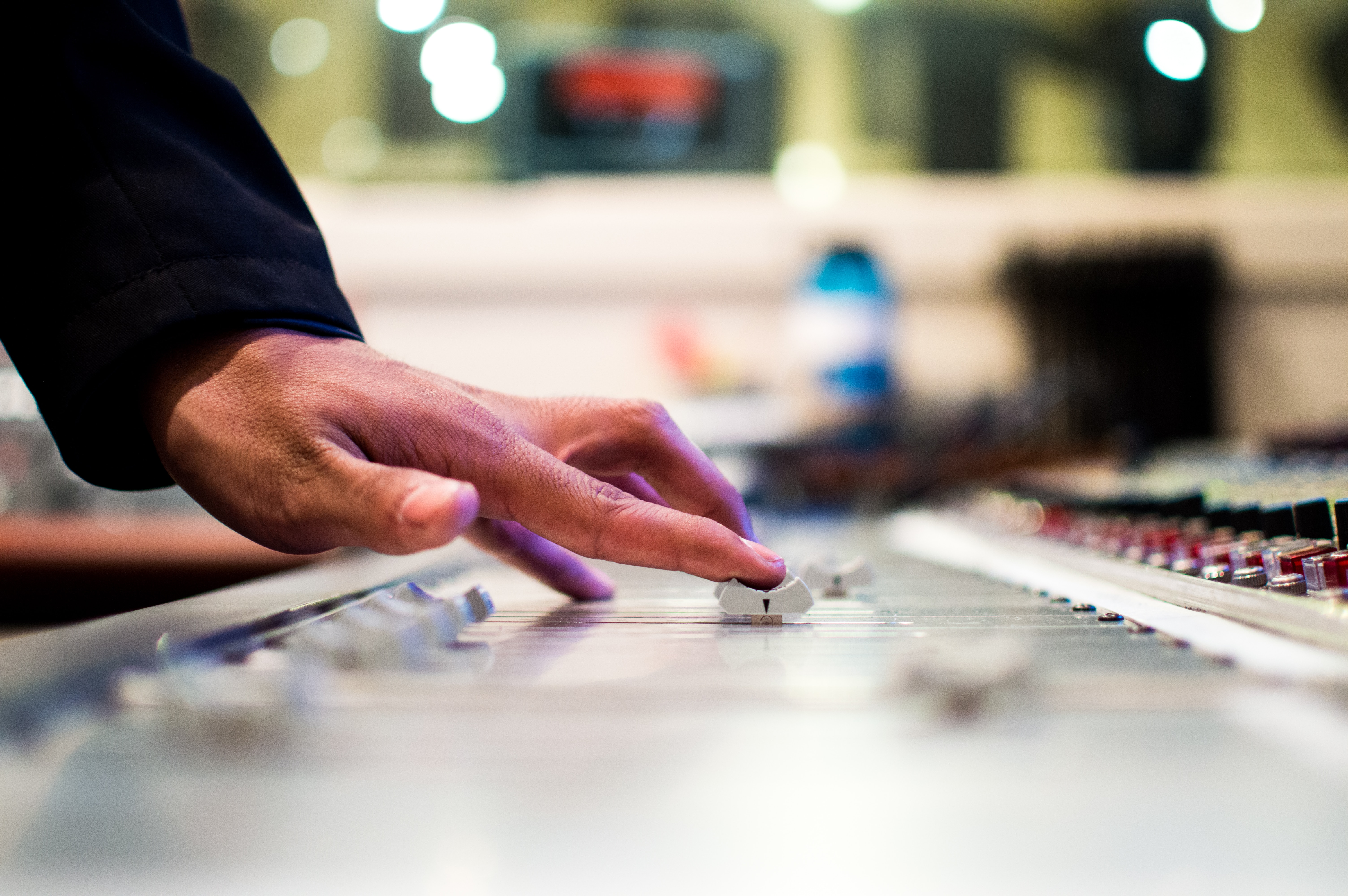5 tips for making radio playlists